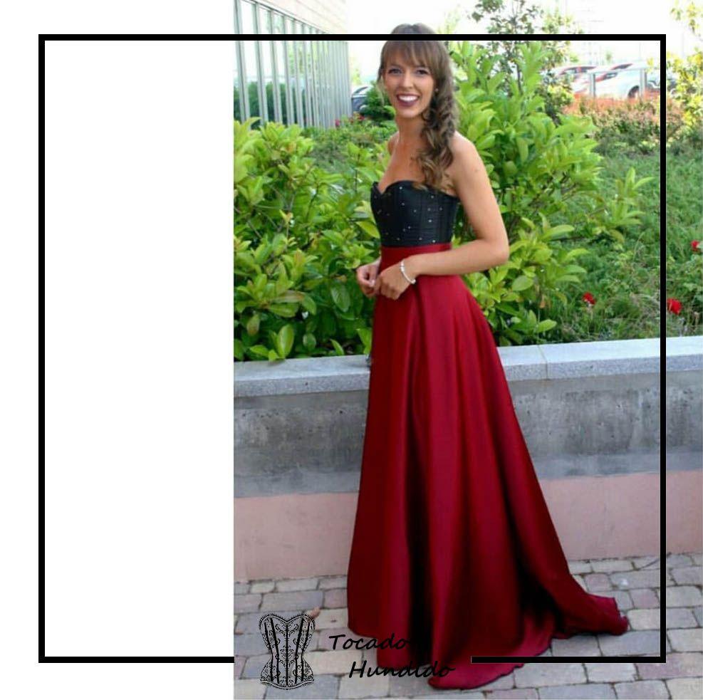 Clienta con corset y falda 2