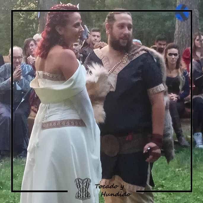 foto-cliente-boda-vikinga-corsets-madrid