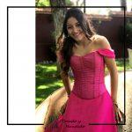 Vestido corsets y falda rosa