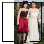 invitada a boda corset negro y falda de tablas burdeos