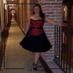 foto clienta corset burdeos con falda tul corsets madrid