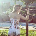 foto clienta corset flores y pantalon corto corsets madrid