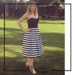 foto clienta corset negro y falda rallas corsets madrid