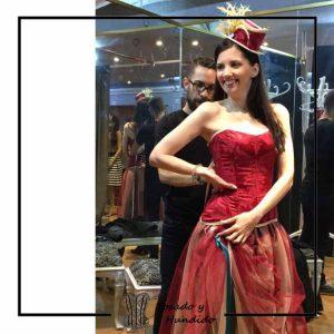 foto corset burdeos falda de tul y tocado corsets madrid