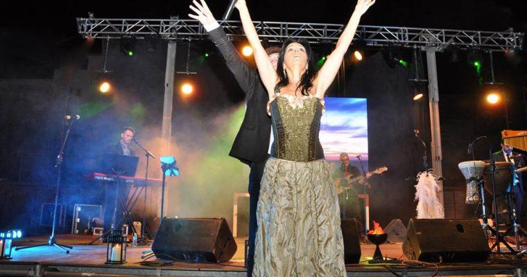 Cristina del Valle luce nuestros corsets